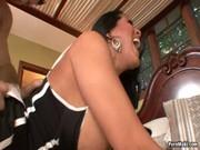 Лия ди мия порно видео на лестнице